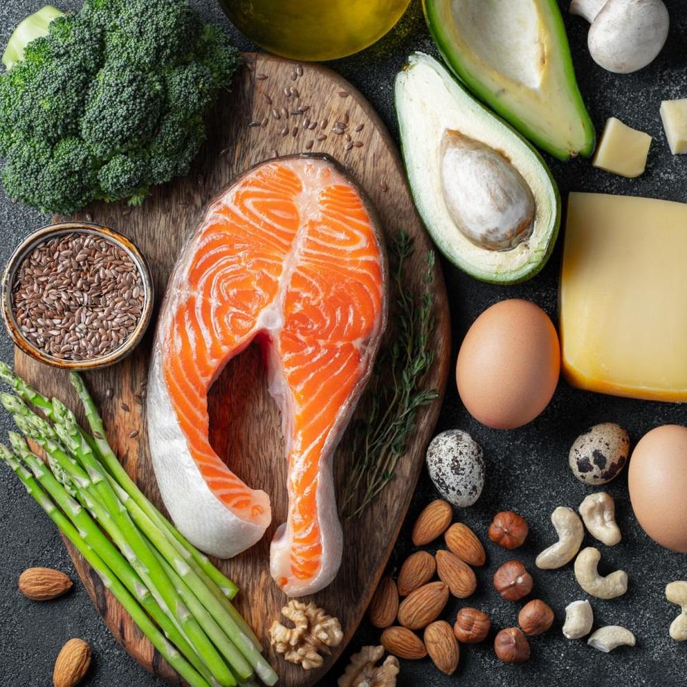 Schneller Fett abbauen mit ketogener Diät?